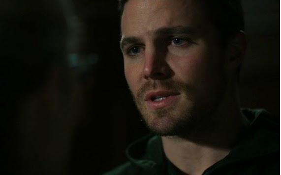 Stephen Amell Oliver Queen wrong girl love Felicity scene Arrow finale