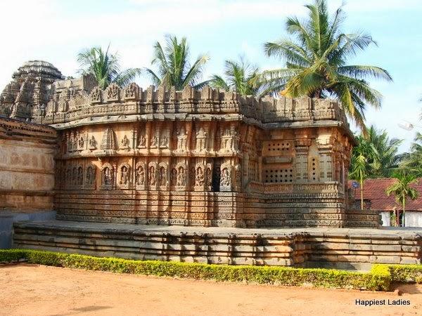 ChennaKeshava temple Aralaguppe