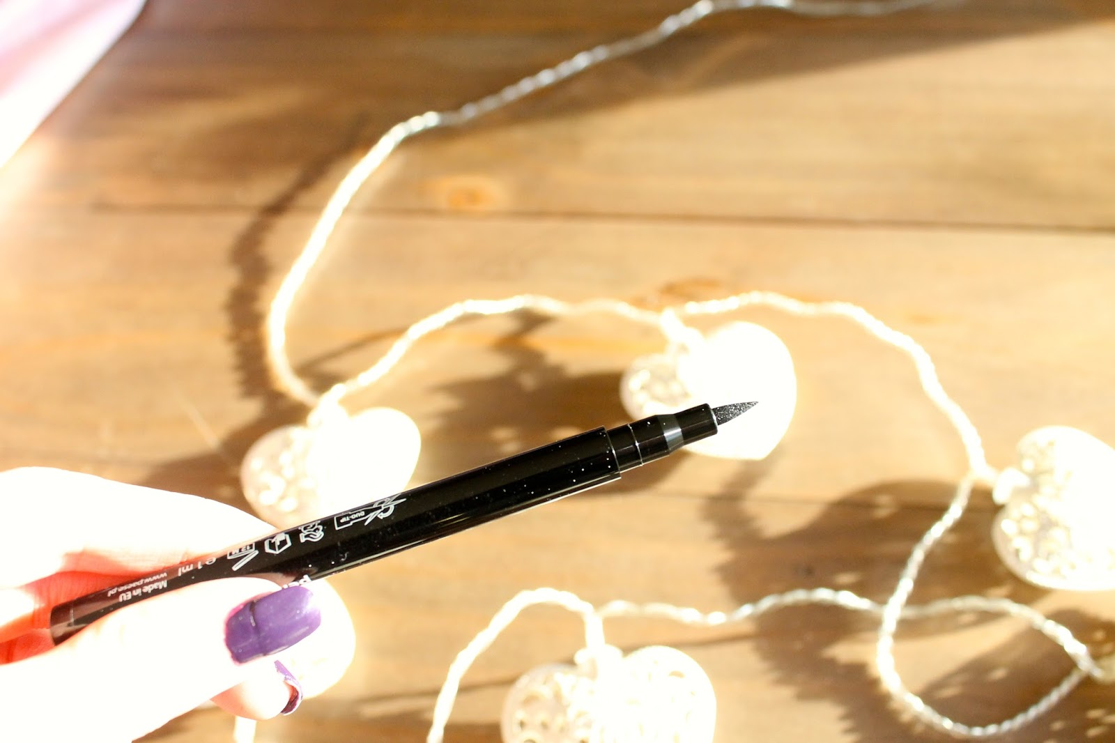 Paese eyeliner review beauty blog