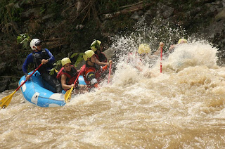 Rafting in Pacuare River in Costa Rica