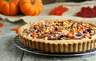 Reese's Peanut Butter and Chocolate Pretzel Crust Pie