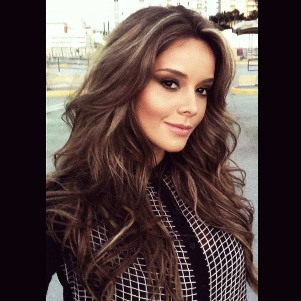Alejandra Buitrago mas seria que nunca - linda%2BAlejandra%2BBuitrago%2BHerrera