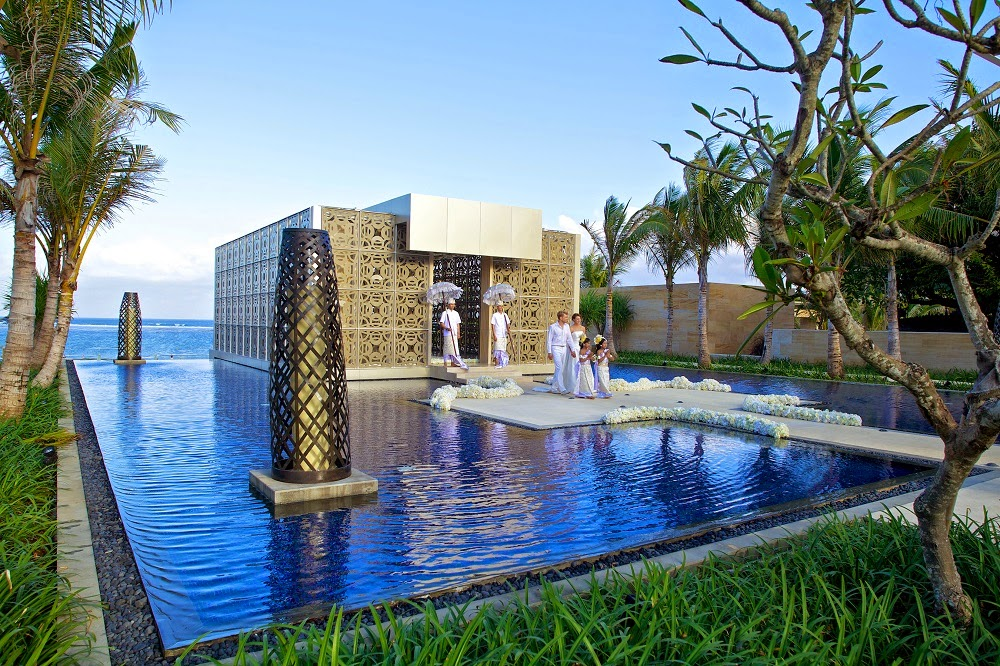 TOP 5 LUXURY RESORT TO GET MARRIED IN BALI THE MULIA RESORT & SPA