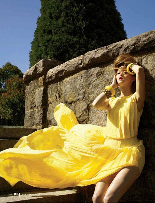Elle magazine, Devon Aoki,