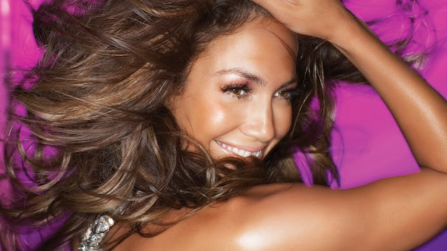 Happy Jennifer Lopez