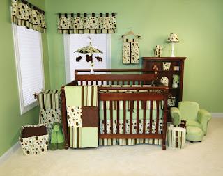 Diseño de cuarto bebé marrón verde