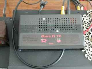 Moms Pi TV finished XBMC Bundle for Raspberry Pi Project from Element14 Pics DSCN6644 review of xbmc bundle for raspberry pi element14 roadtests  at fashall.co