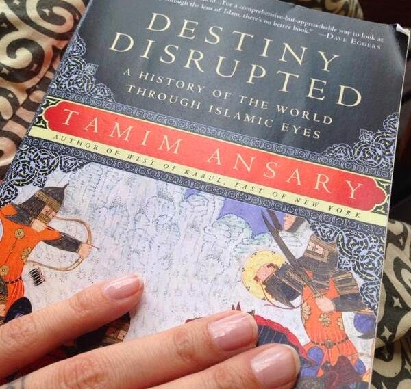 Destiny Disrupted A History of the World Through Islamic Eyes unggahan akun Sophia Latjuba (twitter.com)