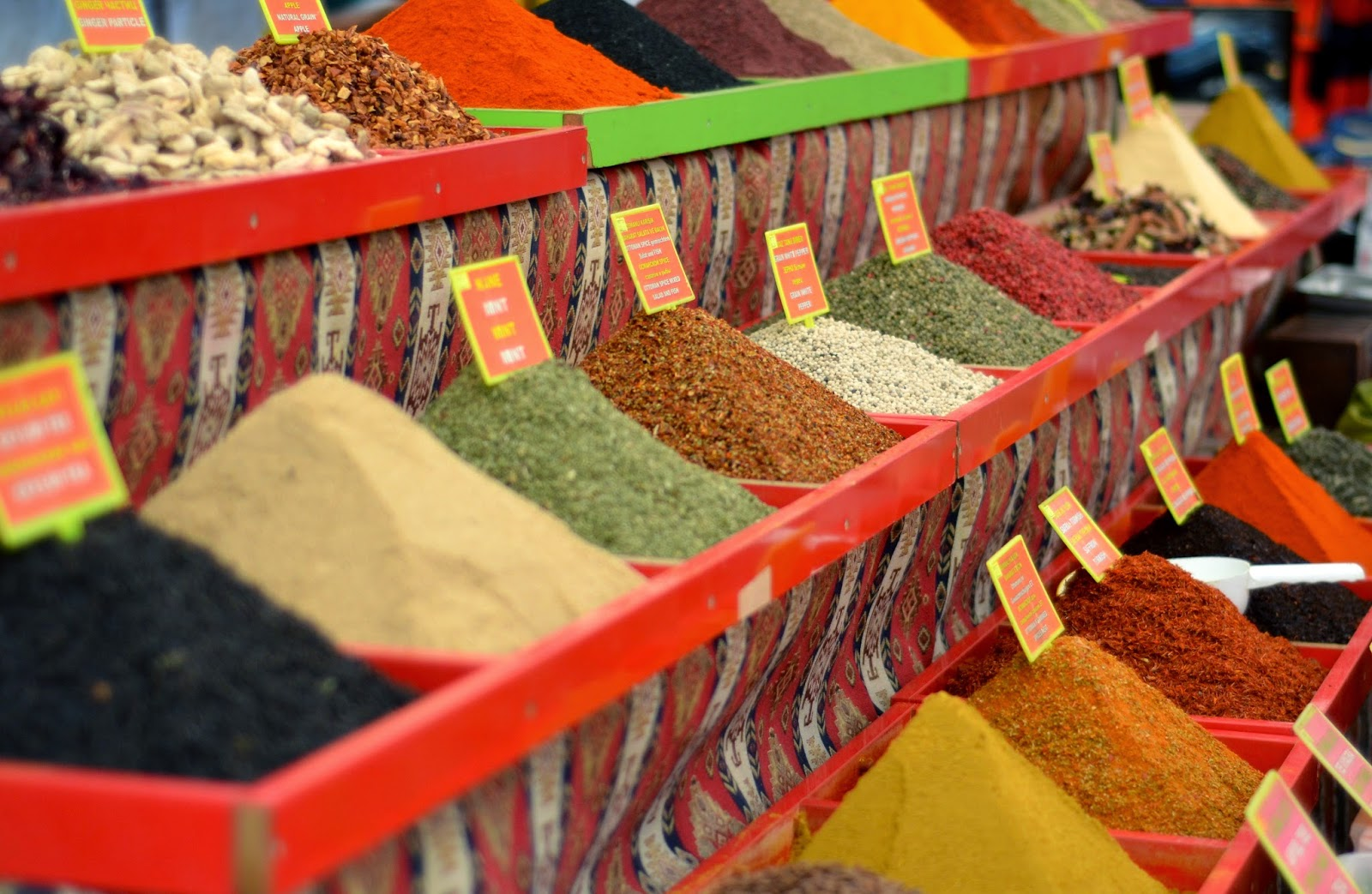 spices-turkey-market