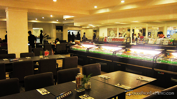 Foodie from the Metro - DADS Saisaki Kamayan Ambiance and Decor
