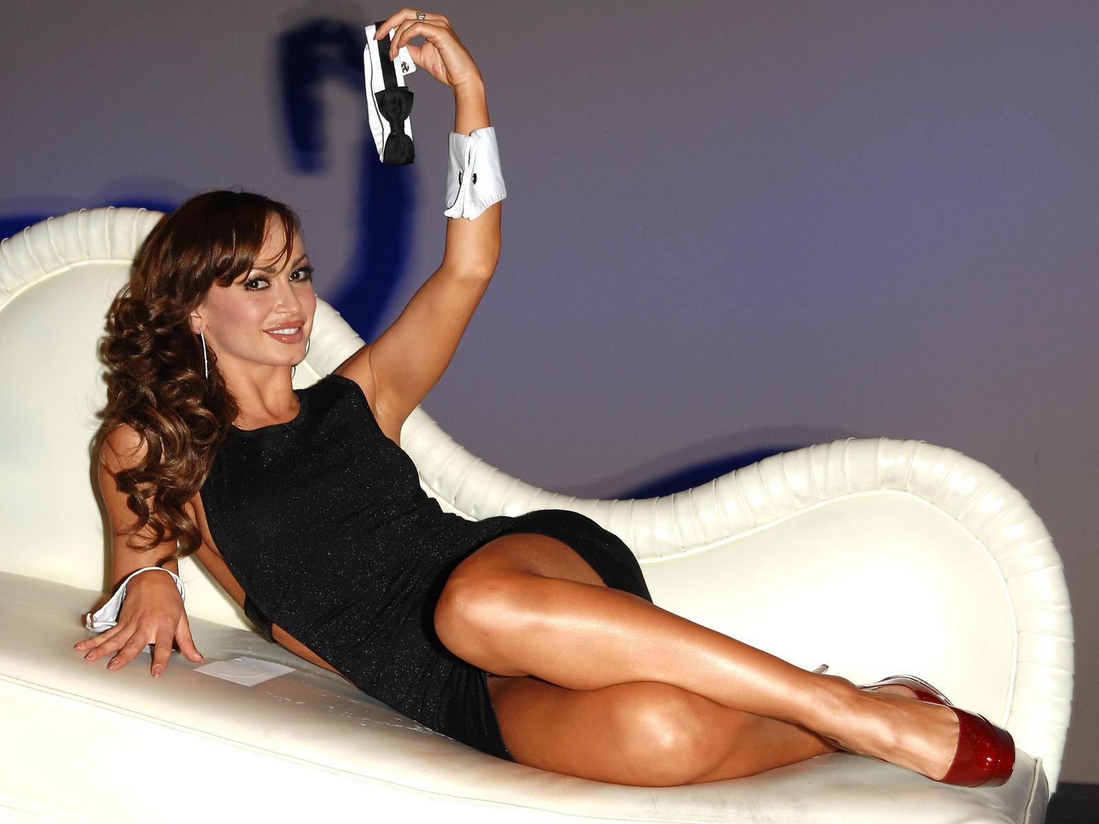 Fashion News: Karina Smirnoff photos,