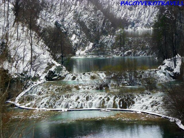 Visita a los Lagos de Plitvice en Croacia congelados