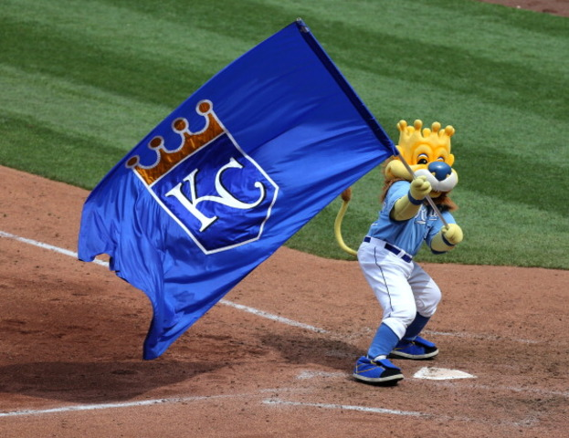 KANSAS CITY ROYALS WINS WORLD SERIES.