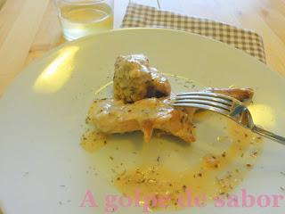 Conejo a la salsa de mostaza