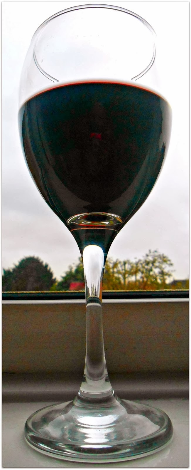 Glass Organic Red Wine