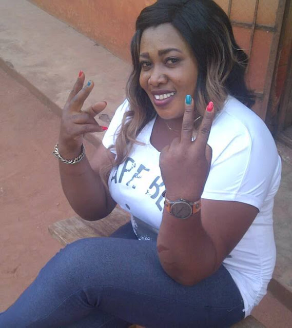 whatsapp hook up kenya