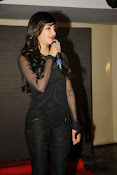 Shruti Haasan at Yevadu App Launch event-thumbnail-13