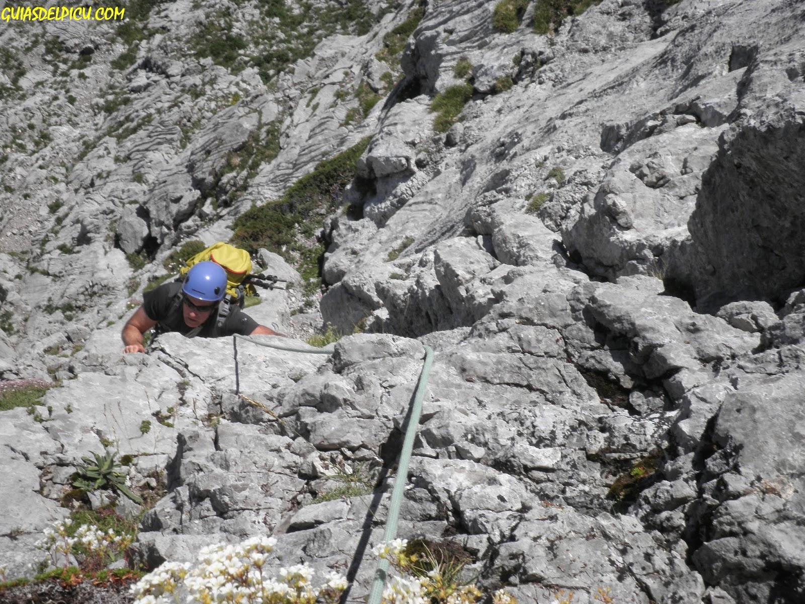 Guia de alta montaña Fernando Calvo Gonzalez, escaladas y crestas en los picos de europa