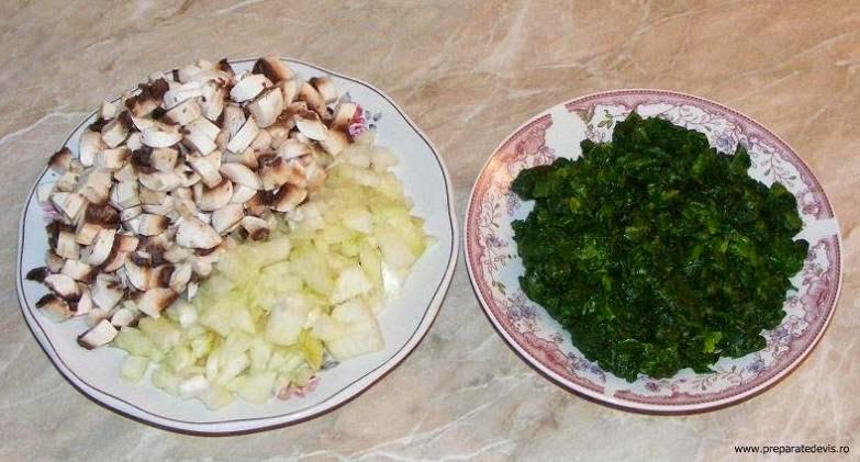 ingrediente rulada de post cu spanac ceapa si ciuperci retete si preparate culinare,