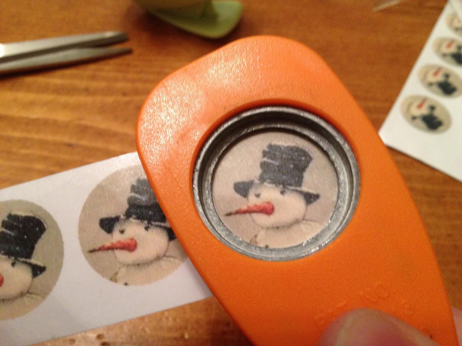 Creating Christmas With Sarah Beth Snowman Bottle Cap