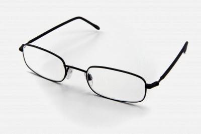 كيف تتخلص من نظارتك