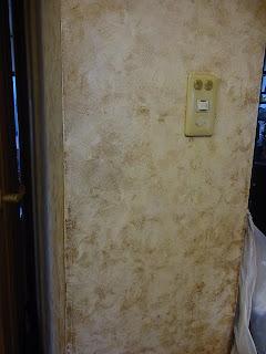 キッチン入り口横の壁汚れ取り ビフォー ビフォー画像