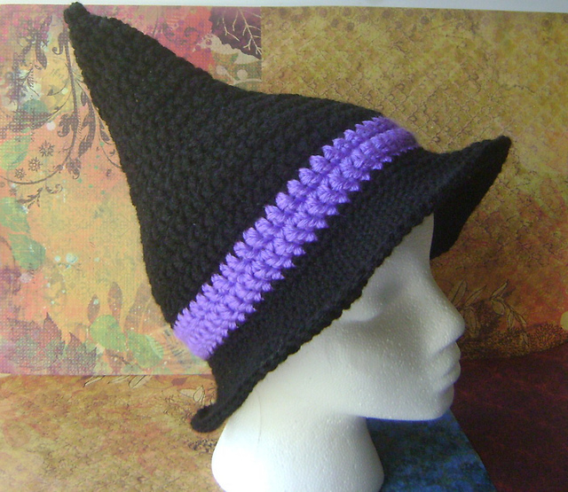Crochet Pattern For Baby Witch Hat : knit by nat: NKBN: Halloween Edition: Crochet Witchs Hat