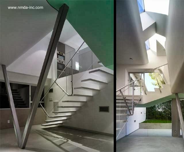 La ampliación vista por adentro y su escalera