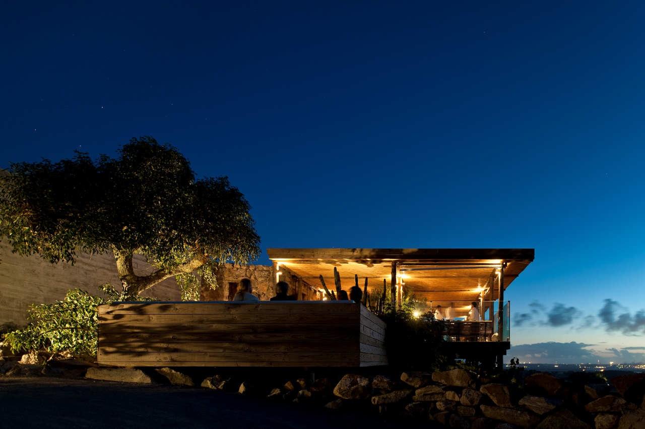 Arquitectura moderna en uruguay modern design by for Hotel en las piedras