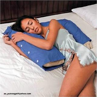 Подушка рука