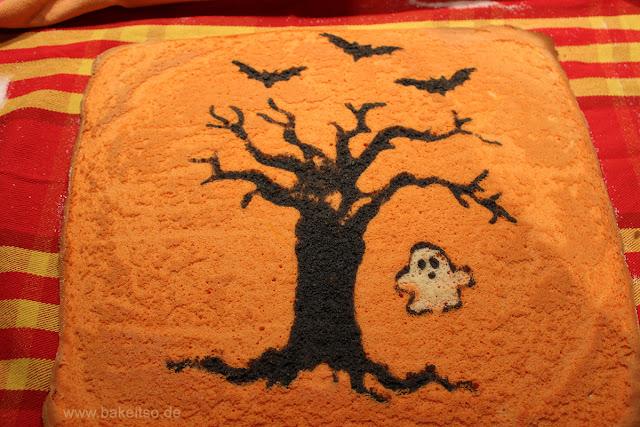 Halloween Biskuitrolle - Decorated Cake Roll - Ergebnis