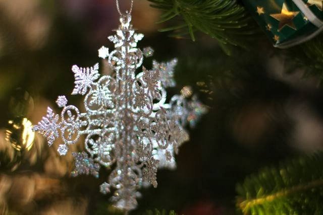 Christmas tree ornament in silver