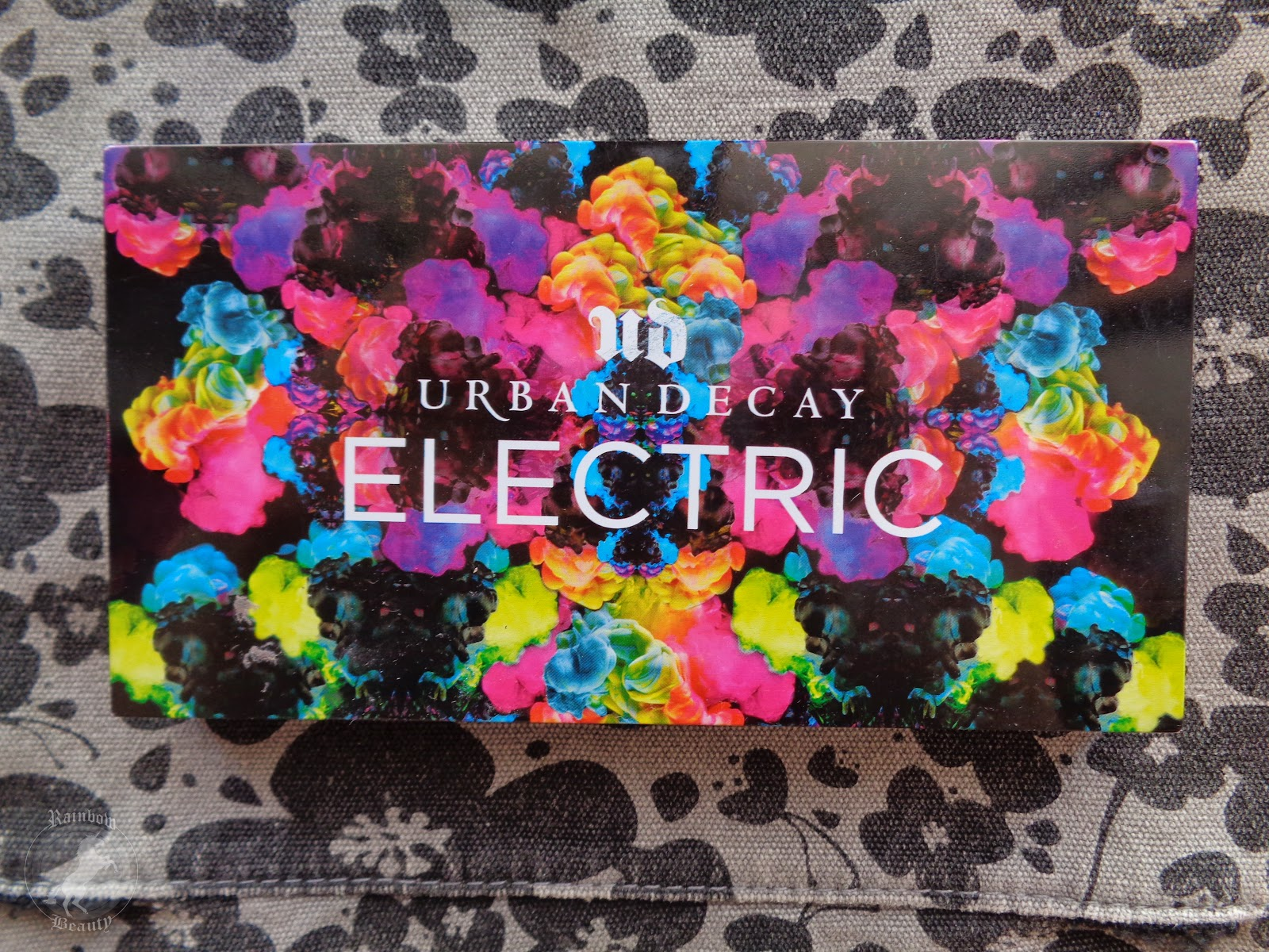 Rainbow beauty urban decay electric palette review - Porta trucchi sephora ...