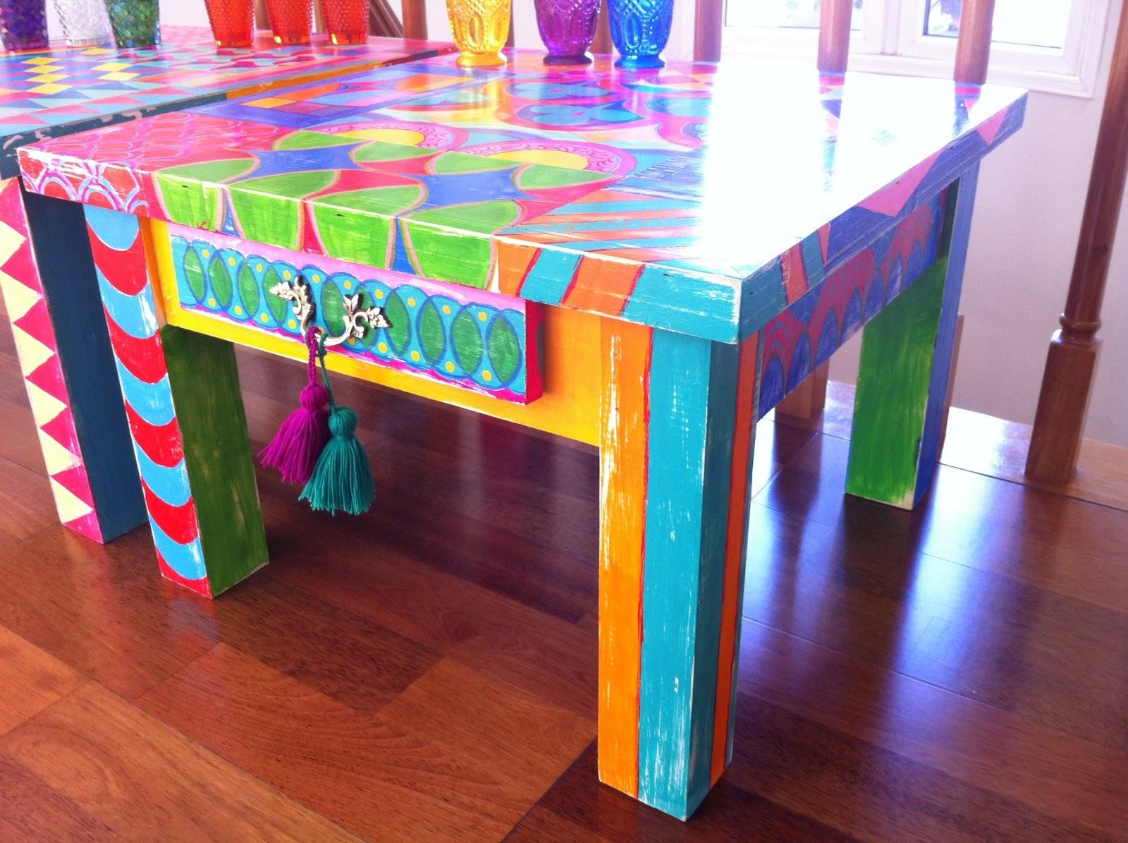 Vintouch muebles reciclados pintados a mano mesas - Disenos muebles pintados ...