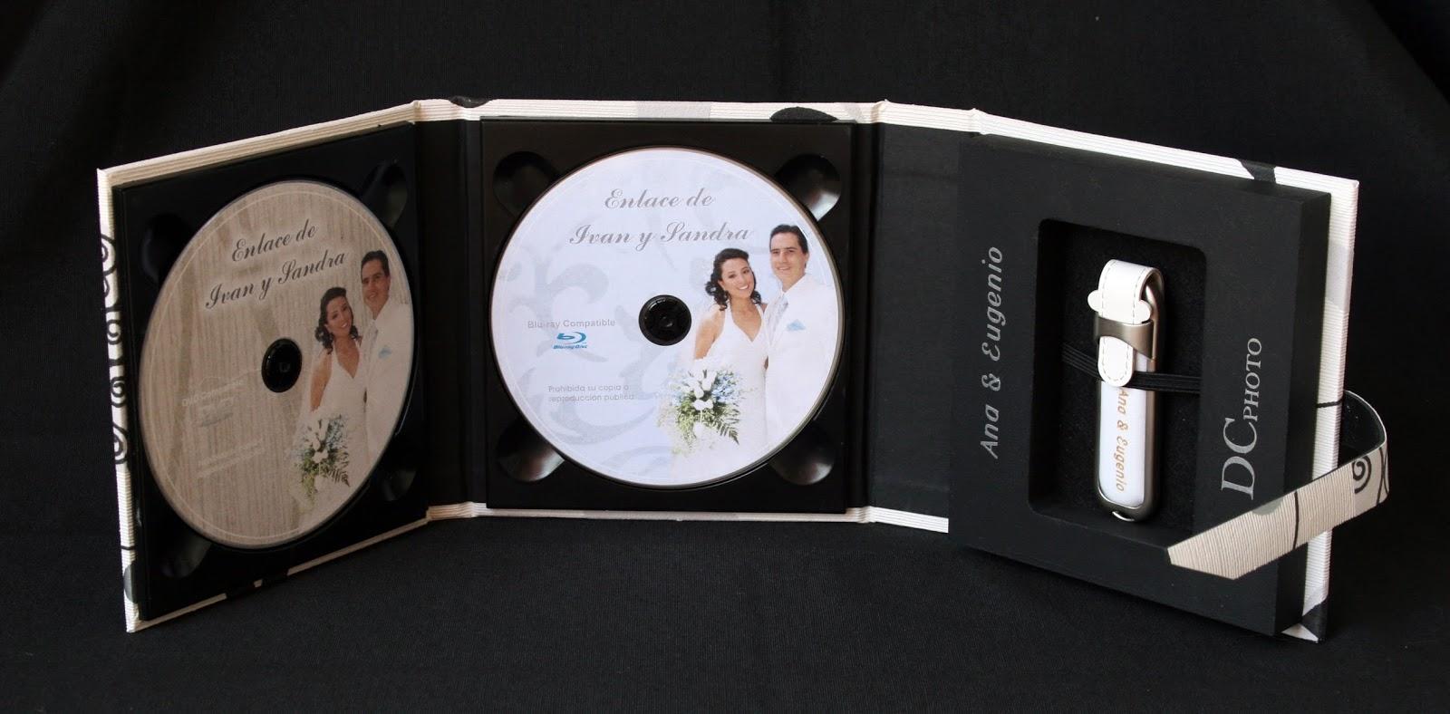 Pareja estuche 1 DVD  + 1 USB abierto