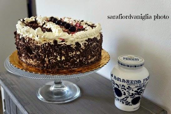 happiness is.... e la torta foresta nera a modo mio