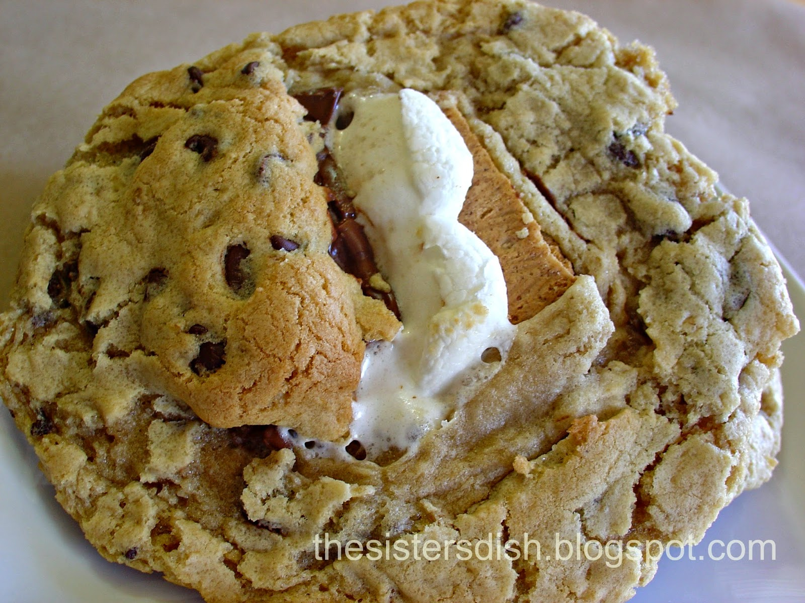 The Sisters Dish: S'mores Stuffed Chocolate Chip Cookies