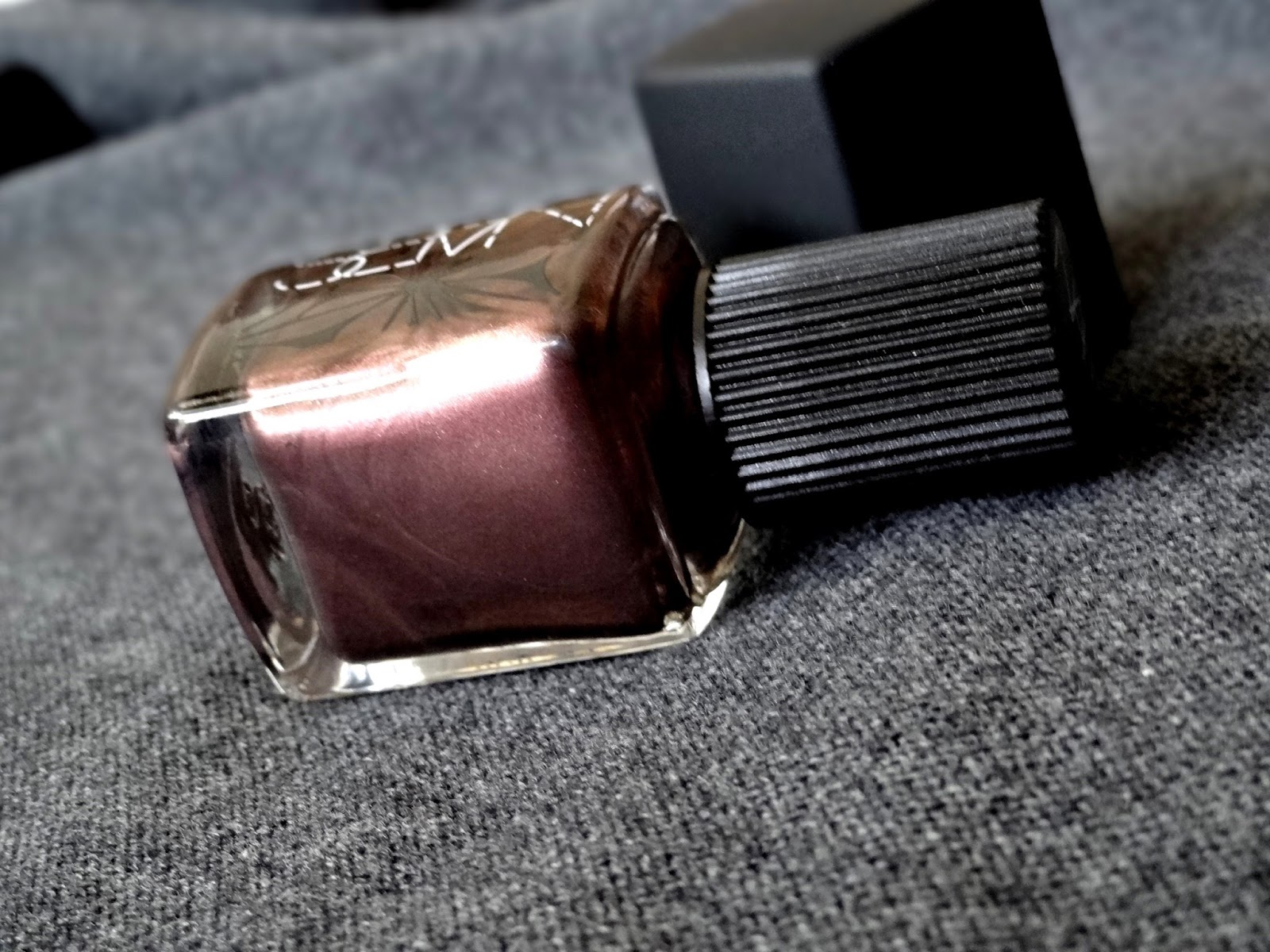 NARS Laced with Edge Holiday Collection Sherwood Nail Polish Review, Photos & Swatches-001