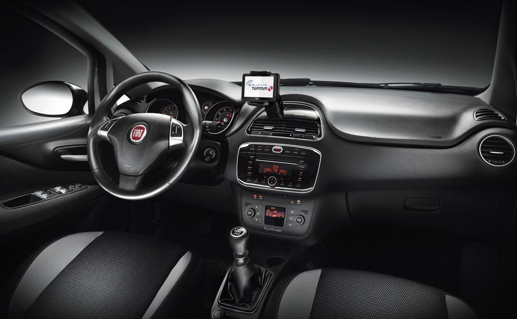 üretici Fiat, 2010 model yılında makyajladığı ve ismini Punto ...