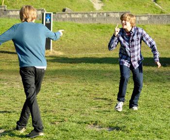 Cole e Dylan_Sprouse: Zack e Cody: O Filme estreia no Disney Channel