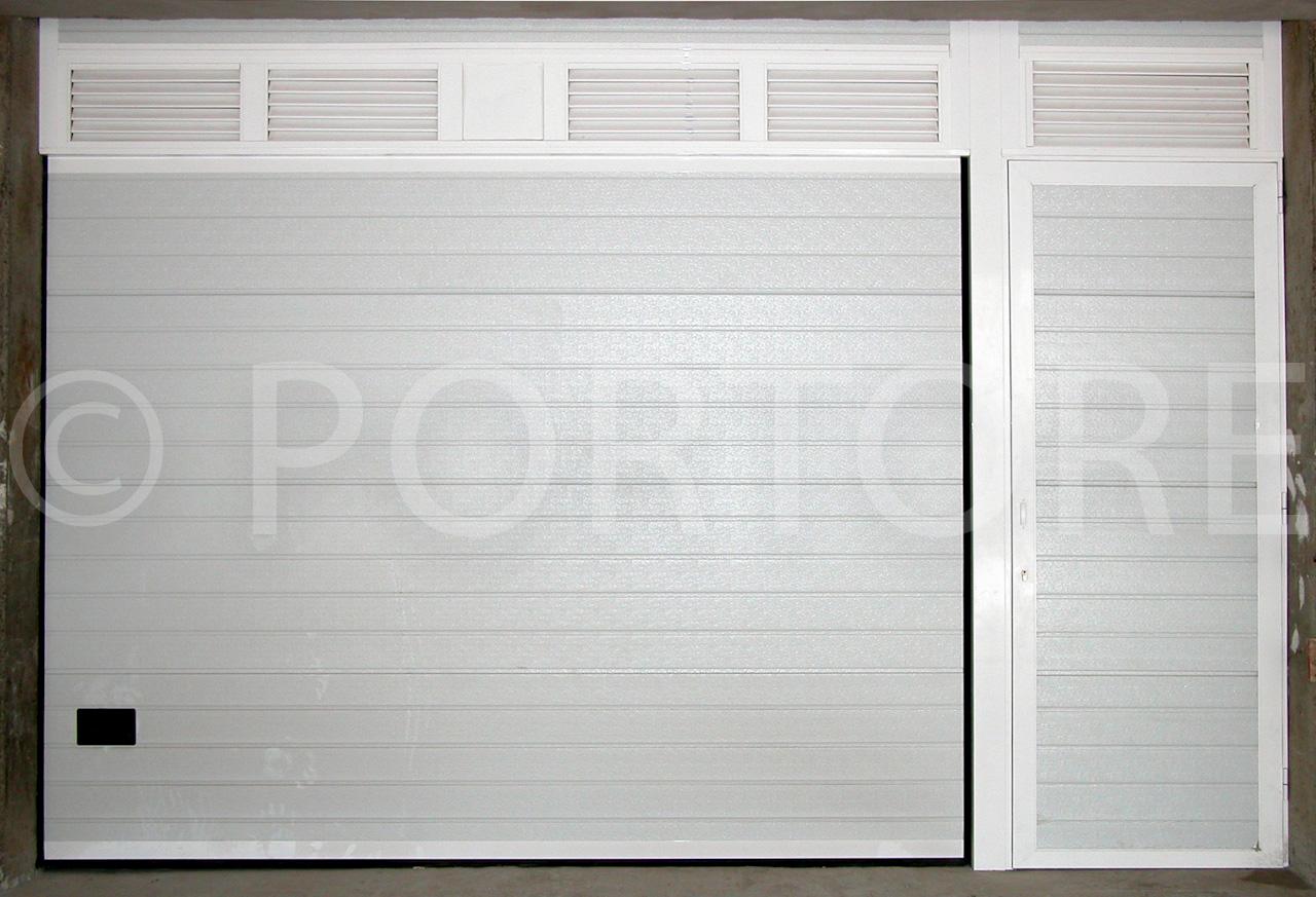 Portore s a puertas seccionales de panel sandwich for Panel sandwich aluminio