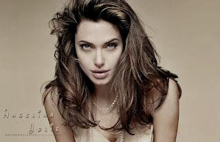Angelina Jolie Wallpaper hd new 2 by macemewallpaper.blogspot.com