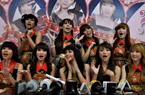 Video Cherry Belle BRAND NEW DAY Youtube Download
