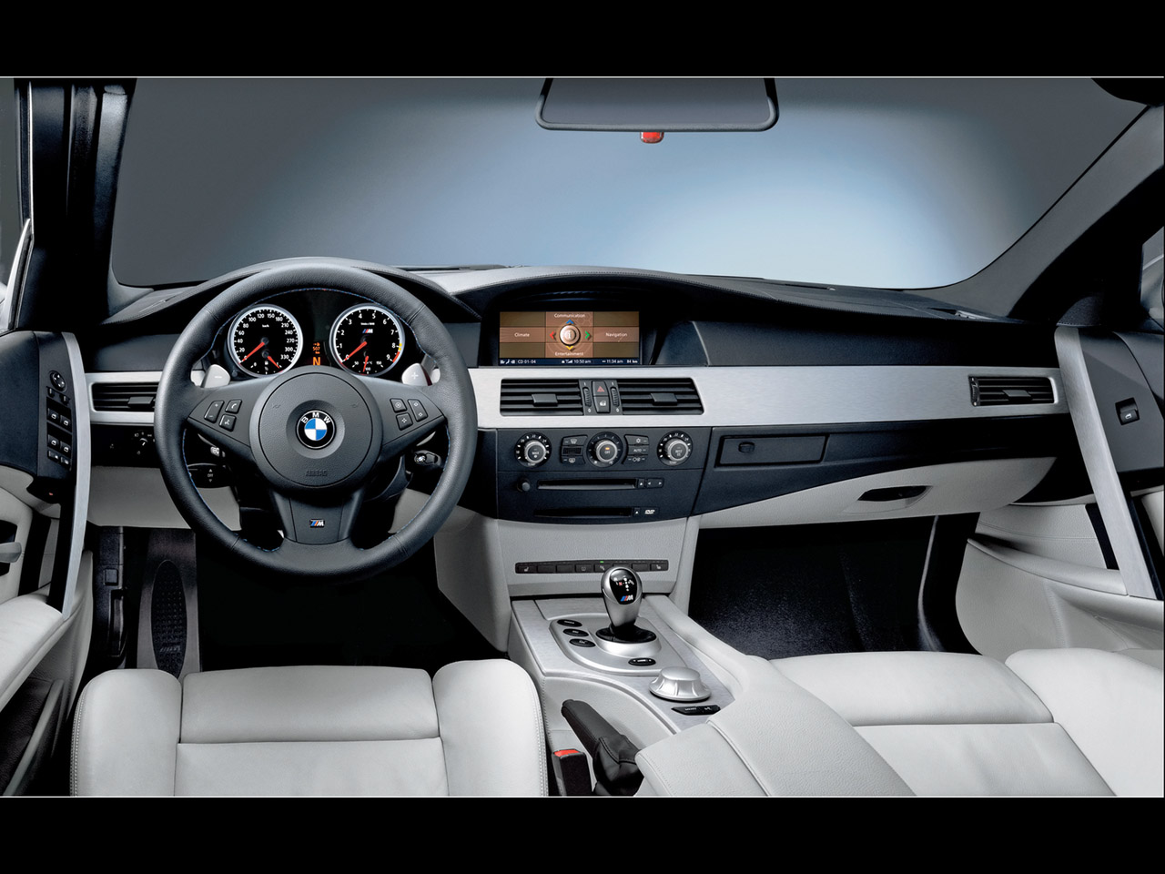 http://2.bp.blogspot.com/-zhxVX2acJ4A/Tnc8p7jbFyI/AAAAAAAAAE0/LHLqCb9QdOY/s1600/interior-BMW-M5-Pictures-Wallpaper.jpg