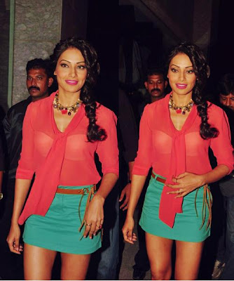 bipasha basuanusha dandekar at vinegar store launch actress pics