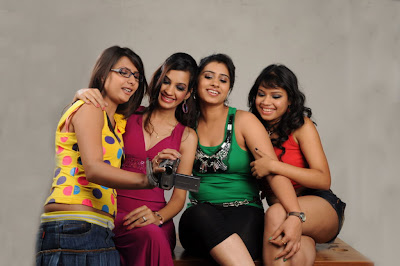 masti movie masti movie hot photoshoot