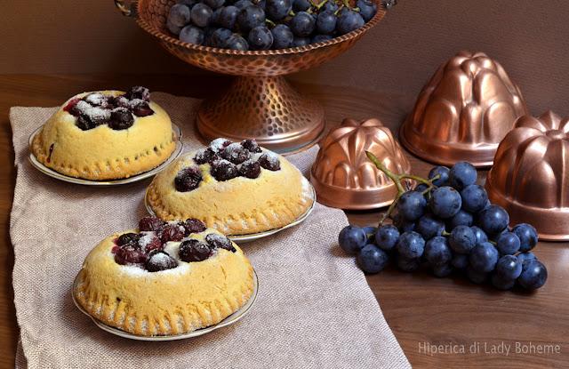 hiperica_lady_boheme_blog_di_cucina_ricette_gustose_facili_veloci_dolci_torta_di_uva_fragola