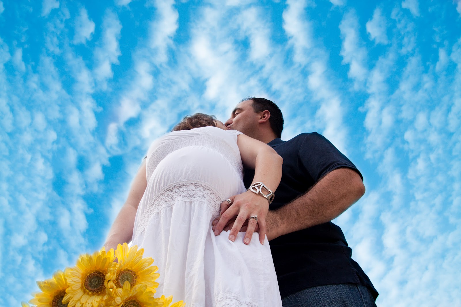 Outdoor Pregnancy Pictures Ideas Beautiful outdoor maternity