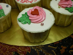 VANILLA CUPCAKE.to order call me at...016 5456802