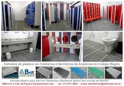 Estrado de plástico para banheiro e vestiário
